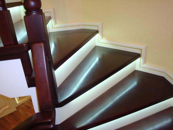 Лестницы из ясеня.