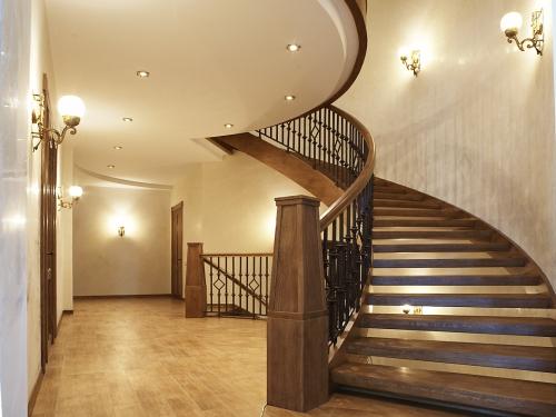 Лестницы винтовые.