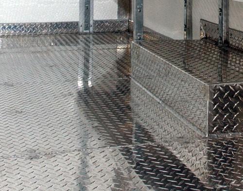 Лист алюмінієвий рифленый 2,5 мм мм АД0Н2 , 1050 Н24 1500х3000мм . Виробництво Турция