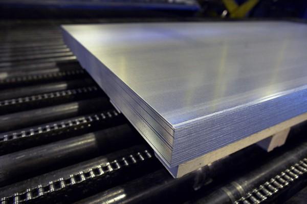 Лист н/ж 304 0,4 (1,0х2,0) BA PVC