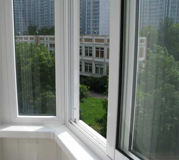 Лоджії і балкони.