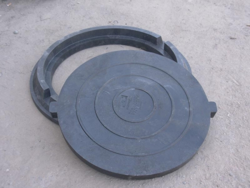 Люк канализационный нагрузка 2 т. цвет черный