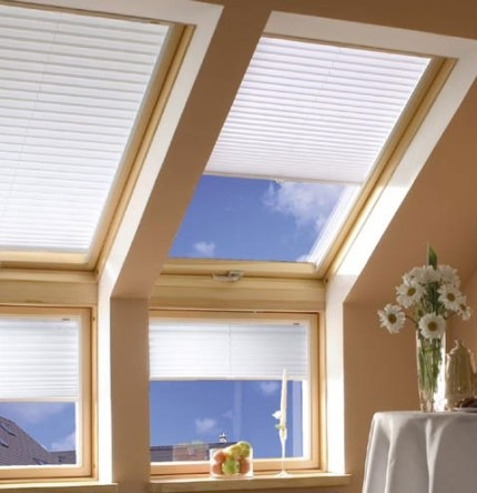 Мансардные окна — Fakro, Velux, Roto. Доставка, гарантия, монтаж.