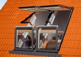 Мансардное окно FAKRO FGH-P2 Galeria CD 94x255 cм.