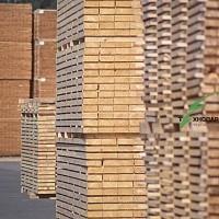 Материалы из сосны: балка, брус, доска, стропила, рейка. Со склада и под заказ.
