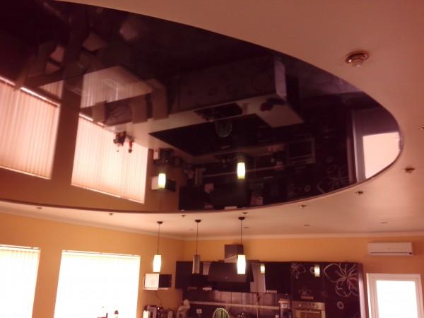 Матовые и лаковый натяжные потолки