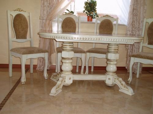Мебель, слоновая кость с золотой патиной!