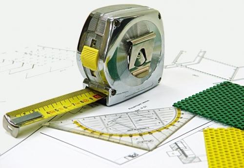 Мелкий ремонт жилых и нежилых помещений, высверливание отверстий, установка полок и другое.