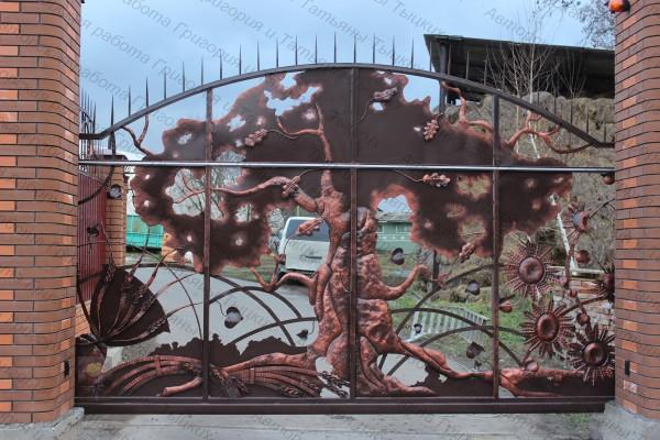 Металлические кованые ворота, автоматические ворота, кованые распашные, кованые откатные ворота.