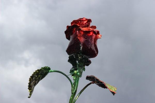 """Металлические розы от мастерской """"Live Metall"""" - оригинальный подарок для ваших любимых."""