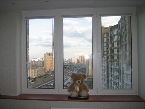 Металлопластиковые окна, 2100х1400 Предлагаем Вам металлопластиковые изделия профильной системы WINBAU