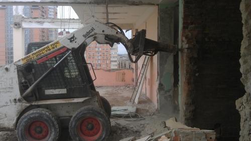 Мы предлагаем широкий спектр демонтажных работ.