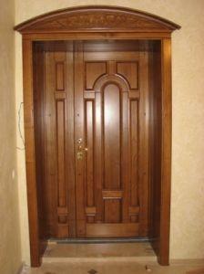модель-25. .полуторная. .. .входная. .. .двери=коробка=налич ник=покраска=фурниту ра=установка. ..