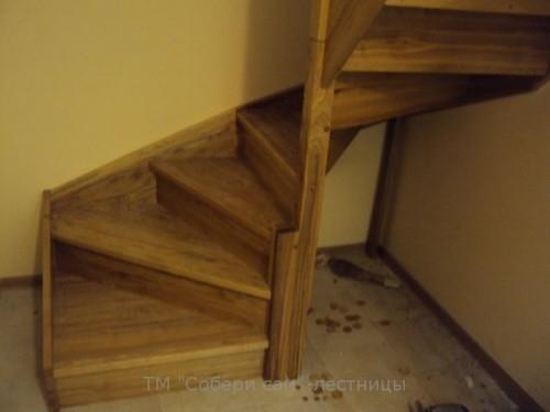Модель Kalipso duble– прямая лестница c двумя поворотами на 90 градусов, выс.3м ш.85см ольха