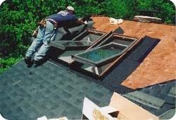 Монтаж мансарных окон на этапе возведения крыши