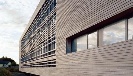 Монтаж вентилируемых фасадов с облицовкой HPL компакт-ламинат панелями (Trespa, FunderMax, Kronoplan)