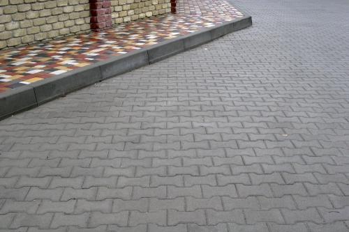 Мощение тротуарной плитки, гранитной шашки, гарантия на выполненые работы