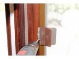 Москитная сетка на балконную дверь на Лесном