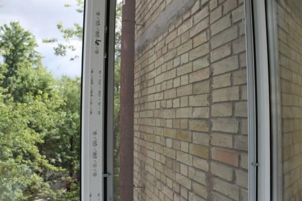 Москитная сетка на окна и двери в районе Троещина