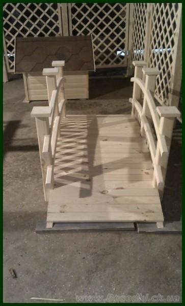 Мостик деревянный декоративный для сада