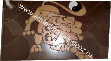 Мозаика - это сюжет или орнамент, выполненный из цветных стекол и керамической плитки или других материалов.