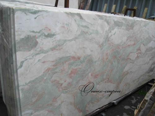 Мрамор Onyx Pink (Индия) в слябах толщиной 30 мм.