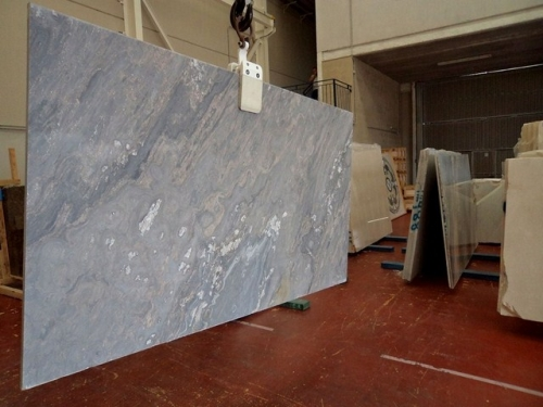 Мрамор Palisandro Blue (Италия). Мраморные изделия. Лестница мраморная. Подоконник мраморный. Столешница мраморная.