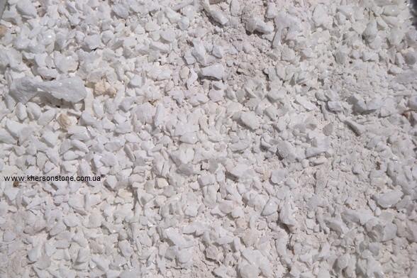 Мраморный песок белый, красный, зеленый, бежевый.