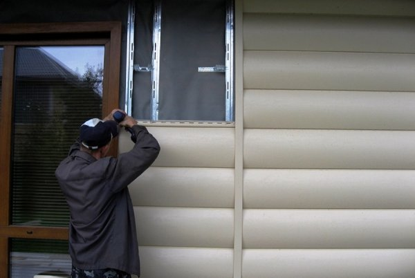 Фото 5 Блок-Хаус (Колода) - відмінний металлосайдінг для Вашого фасаду 327813