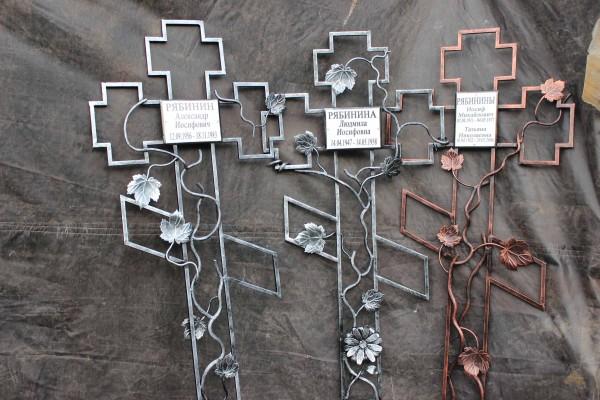 Надгробные кресты из металла