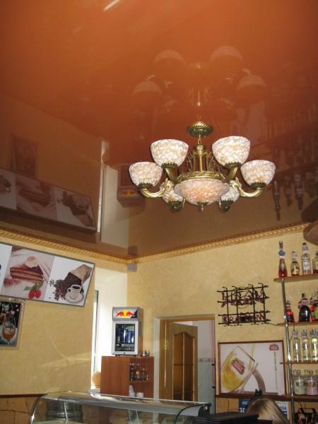 НАТЯЖНЫЕ ПОТОЛКИ Установка люстры в натяжной потолок