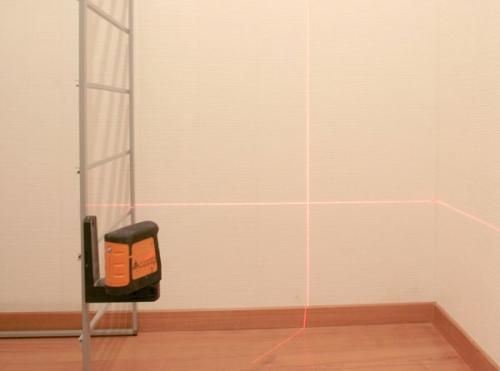 Нивелир лазерный Geo-Fennel FL40-Pocket II - лазерный нивелир с ярким красным лазерным лучом