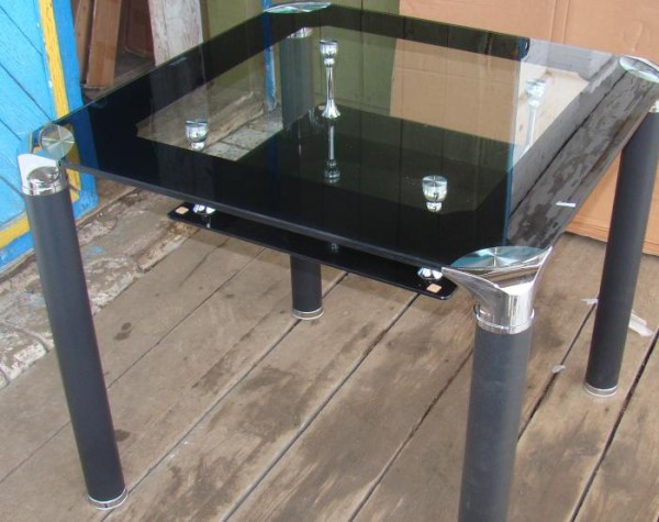 Обеденные столы B206-3 Киев, стеклянные столы B206-3 для кухни, стеклянные кухонные столы киев