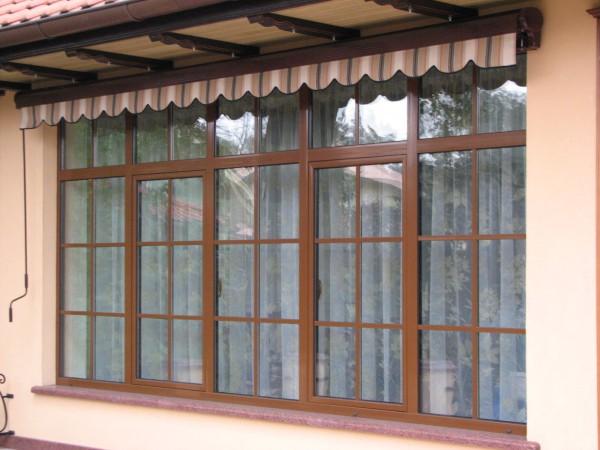 Окна и балконы из алюминиевого и термопрофиля с накладними шпросами