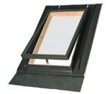 Окна-люки WGI (ВГИ) FAKRO (ФАКРО) для неотапливаемой кровли, крышка из закаленного стекла