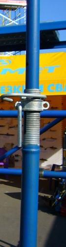 Опалубка. стойка опалубки перекрытия 4,1 MD окрашенная с открытой оцинкованой резьбой