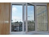 Остекление балкона металлопластиковыми окнами Rehau