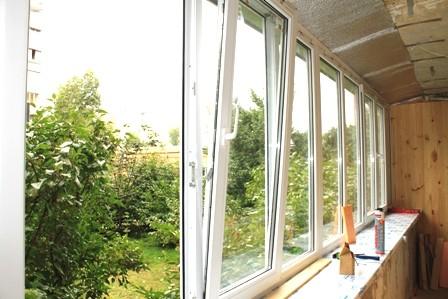 Остекление балкона на Оболони