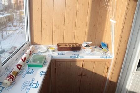 Отделка лоджии пластиковыми панелями на дарнице цена 250 грн.