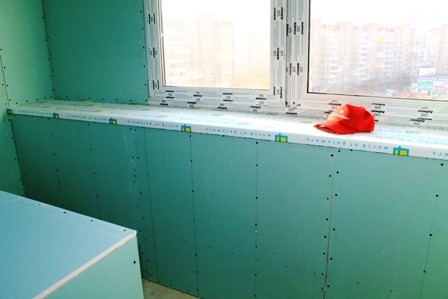 Отделка стен балкона гипсокартоном под обои цена 250 грн. за.