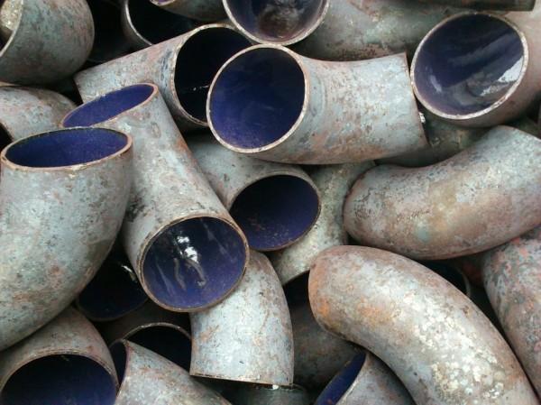 Отвод эмалированный, стальной Ду40мм. Для трубопроводов. Толщина покрытия пищевой эмали от 0,3-1мм.