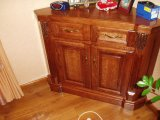 Столик декоративный, массив