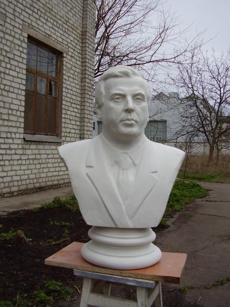 памятники скульптура заказ