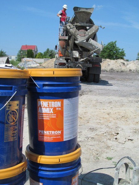 Пенетрон Адмикс. Гидроизоляционная добавка в бетон
