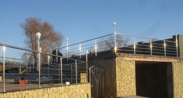 Фото  1 Перила, поручень, ограждение, балкон Н/Ж сталь. Зеркальная полировка. 41830