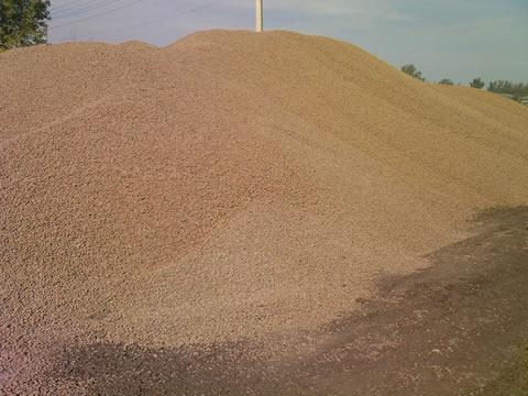 Песок овражный навал