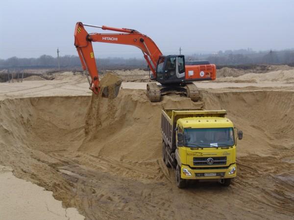 Песок речной, овражный доставка самосвалами от 10т.