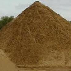 Песок (с глиной, кварцевый, крупнозернистый) с доставкой от 1 до 30 тонн
