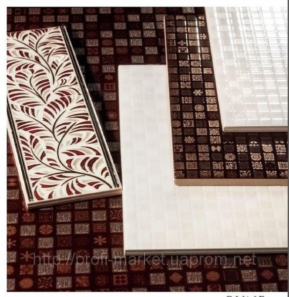 Плитка керамическая 23х40 глянец RUNA