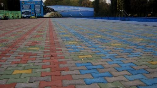 Плитка тротуарная Двойная Т (198х165х45 мм). Цена за серый цвет. Цветная - доплата за цвет от 8 до 47 грн.